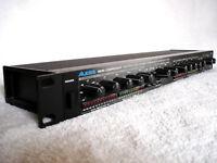 Alesis 3630 Stereo Compressor - CLASSIC!