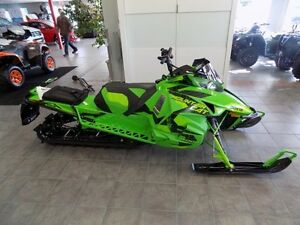 2017 Arctic Cat M 8000 MOUNTAIN CAT