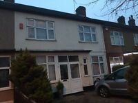 3 bedroom house in Brantwood Gardens, Ilford, IG4