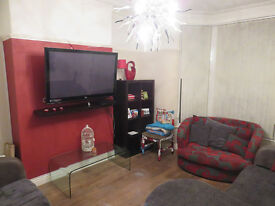 4 bedroom house in Crawford Avenue, Allerton, Liverpool, L18