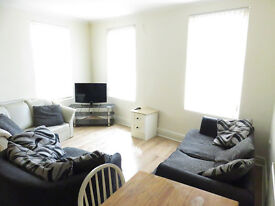 4 bedroom flat in Hawkins Street, Kensington, Liverpool, L6