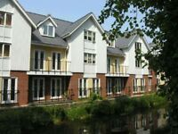 3 bedroom flat in Alexandra Wharf, Grimsby