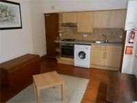 1 bedroom flat in St James Gardens, Uplands, Swansea, SA1 6DY