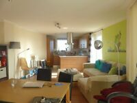 2 bedroom flat in Stepney Court, City Point -P1452