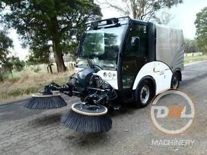 HAKO CITY MASTER 2000 FOOTPATH STREET VACCUM FACTORY SWEEPER Austral Liverpool Area Preview