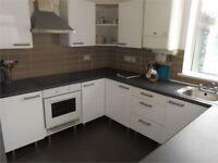5 bedrooms in Richardson Street, Sandfields, Swansea, SA1 3JF