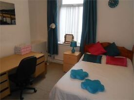 5 bedrooms in Rhondda Street, Mount Pleasant, Swansea, SA1 6ER