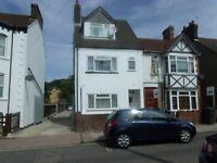 Studio flat in Clarendon Road, Town, LU2