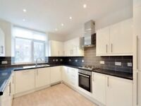 4 bedroom flat in Finchley Road, London, NW8