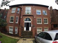 2 bedroom flat in South Albert Rd , Aigburth, Liverpool, L17