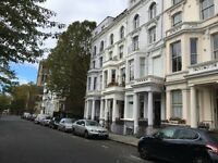 1 bedroom flat in Flat C Powis Square, London, W11