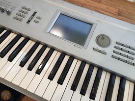 KORG TRITON STUDIO MUSIC WORKSTATION/SAMPLER 88 KEYS LOADED !