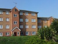 1 bedroom flat in EXPRESS DRIVE, Goodmayes, IG3