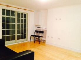 1 bedroom flat in Caledonian Road, London, N1