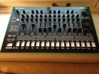 ROLAND TR8 In excellent condition,Urgent sale