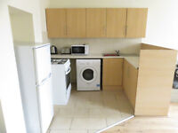 4 bedroom flat in Hawkins Street, Kensington, Liverpool, L6