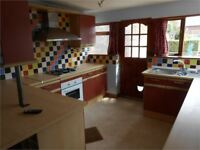 2 bedroom house in Clarence Street, Sandfields, Swansea, SA1 3QR
