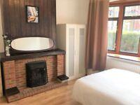 6 bedrooms in Short Road, London, E11