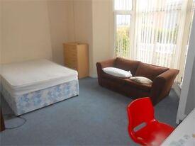 7 bedroom house in Gore Terrace, Swansea, SA1 5DN