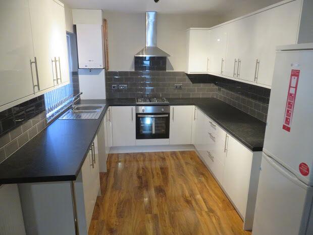 6 bedroom house in Malvern Road, Kensington, Liverpool, L6