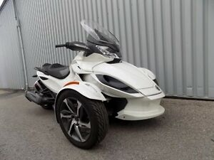 2014 CANAM SPYDER STS
