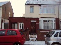 1 bedroom in Room 1, 55 Sherwood Road, Luton, LU4
