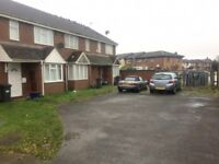 3 bedroom house in Pickwick Close, Hounslow, TW4