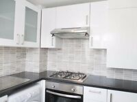 2 bedroom flat in Stanley Gardens, Willesden Green, NW2