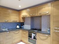 3 bedroom flat in Middle Street - P1514