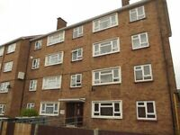 2 bedroom flat in Mountfield Road, London, E6