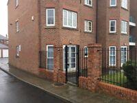 2 bedroom flat in Garden Court, Pogmoor, Barnsley, S70
