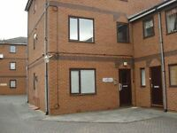 1 bedroom flat in Manningtree Close, Grimsby