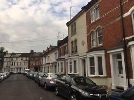 1 bedroom in 131 Colwyn Road, Northampton, NN1