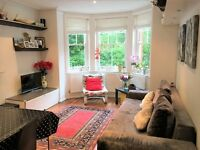 2 bedroom flat in Queen's Club Gardens, London, W14