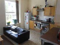 4 bedrooms in St Helens Avenue, Brynmill, Swansea, SA1 4NE
