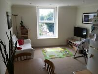 2 bedroom flat in Seamoor Road, Westbourne, Bournemouth, BH4