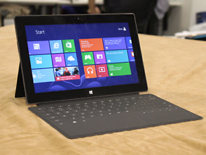 Microsoft Surface RT Tablet with Keyboard
