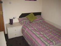 4 bedroom flat in Flat C, 82 Hyde Park Road
