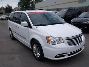 2015 Chrysler TOWN AND COUNTRY CUIR/CINEMA/NAVIGATION/CAMERA/TOI