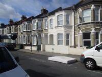 1 bedroom flat in Ballater Road, London, SW2