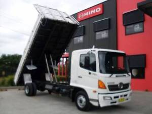 Hino FD Ranger 6 TIPPER TABLE TOP Tipping tray Smeaton Grange Camden Area Preview