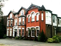 2 bedroom flat in Oakleigh House Parkfield Road, Aigburth, L17