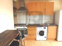 3 bedroom flat in Kingsbury Road, Kingsbury, NW9