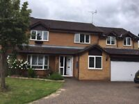 5 bedroom house in Merlin Way, Farnborough, GU14