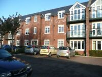 2 bedroom flat in Broyle Road, Chichester, PO19