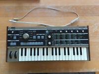 Korg MicroKorg Synthesizer & Vocoder
