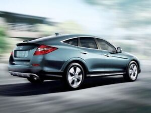 HONDA CROSSTOUR LOW KMS AWD: WINTER TIRES NOW ON THE CAR