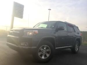 2011 Toyota 4Runner SR5 V6 | HEATED LEATHER | SAT SIRIUSXM RADIO