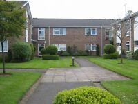 2 bedroom flat in Hurst Lea Court, Alderley edge, SK9