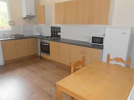 5 bedrooms in Beechwood Road, Uplands, Swansea, SA2 0HL